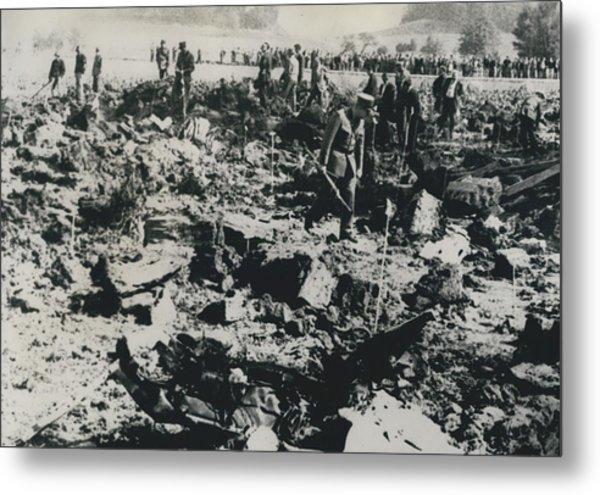 80 Die In A Plane Crash Near Zurich Metal Print by Retro Images Archive