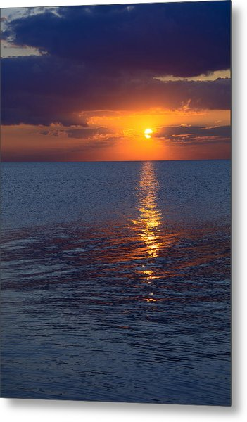 8.16.13 Sunrise Over Lake Michigan North Of Chicago 002 Metal Print