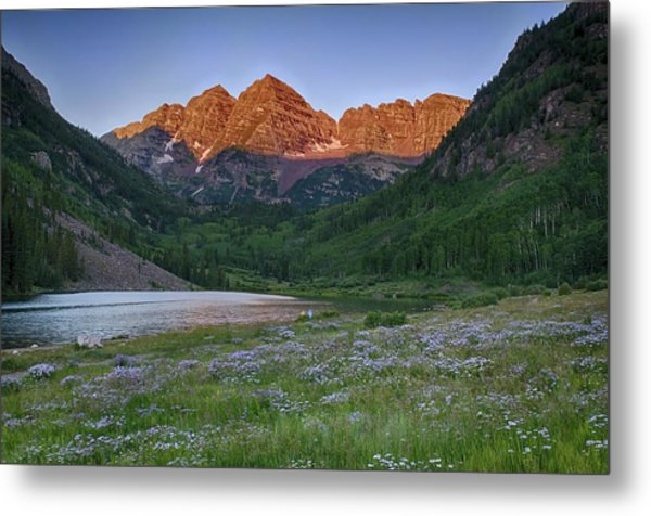 A Maroon Morning - Maroon Bells Metal Print