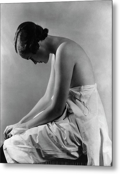 A Model With Her Eyes Closed Metal Print by Lusha Nelson