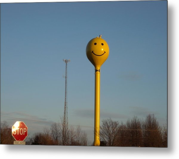 A Smile At The Crossroads. Metal Print