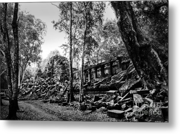 Metal Print featuring the photograph A View Of Beng Mealea by Julian Cook