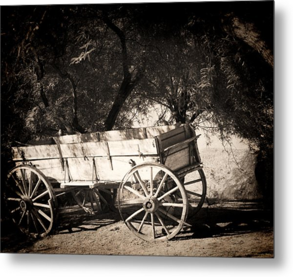 Abandoned Metal Print by Dale Simmons