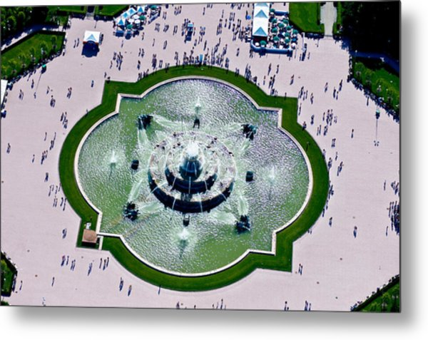 Aerial View Of The Buckingham Fountain Metal Print