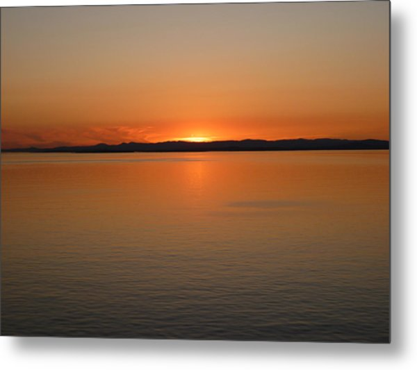 Alaskan Dawn Metal Print