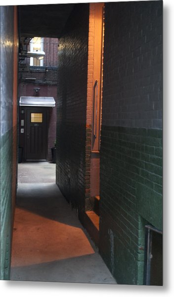 Alley Way Metal Print by Gretchen Lally