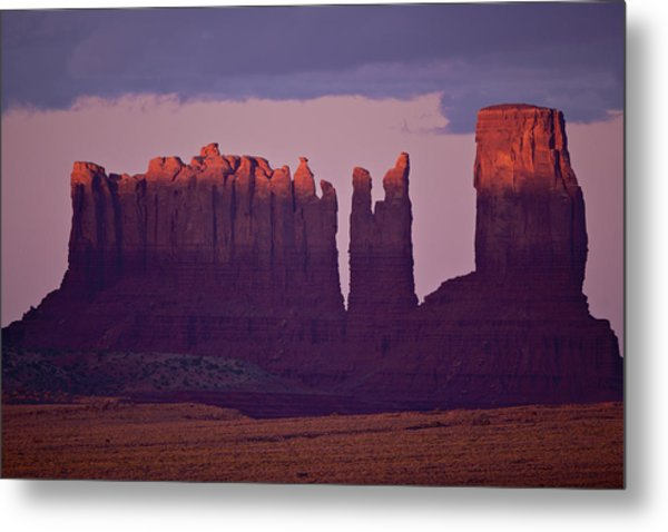 Alpen Glow On Monument Valley  C6j4475 Metal Print