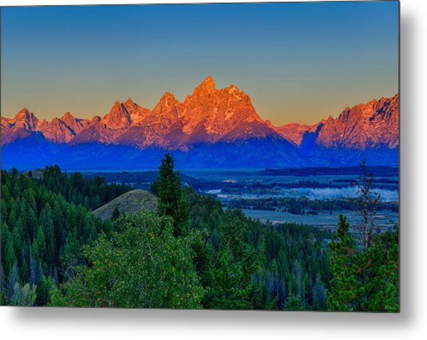 Alpenglow Across The Valley Metal Print