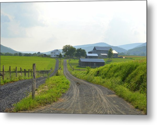 Amish Farmstead #1 - Siglerville Pa Metal Print