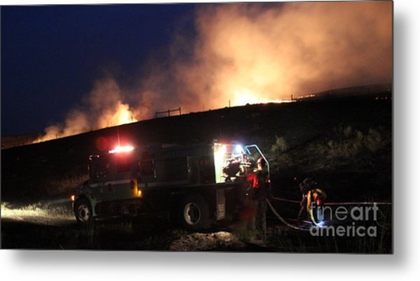 An Engine Crew Works At Night On White Draw Fire Metal Print