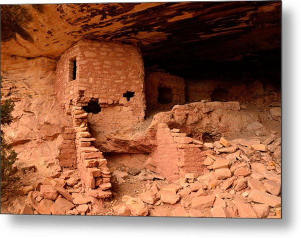 Anasazi Ruins At Comb Ridge Metal Print