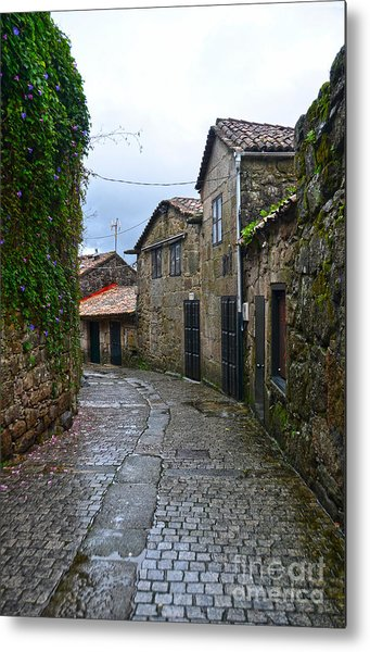 Ancient Street In Tui Metal Print