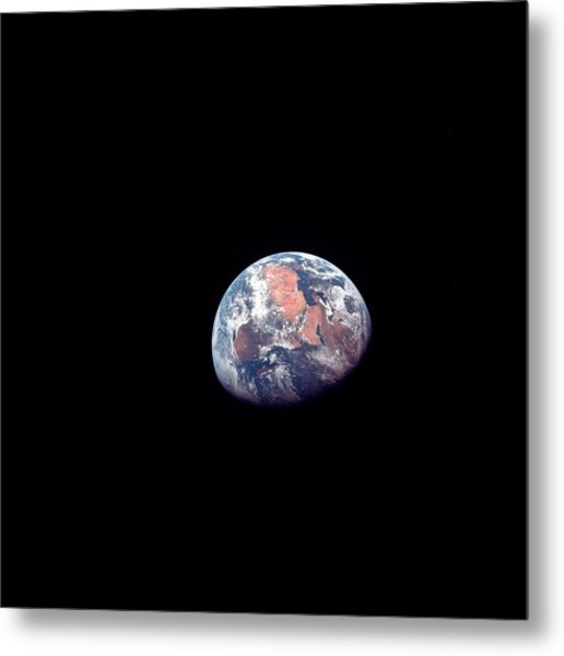 Apollo 11 Photo Of Earth Metal Print