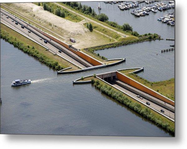 Aquaduct, Harderwijk Metal Print by Bram van de Biezen