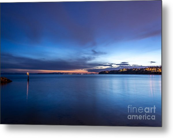 As The Night Sets In - By Sabine Edrissi Metal Print