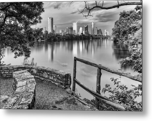 Austin Texas Skyline Lou Neff Point In Black And White Metal Print