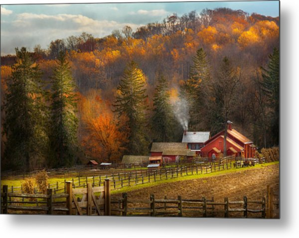 Autumn - Barn - The End Of A Season Metal Print