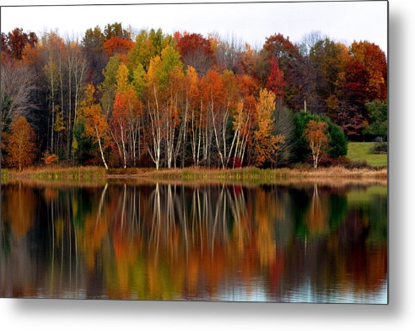 Autumn Evening On Rose Valley Lake Metal Print
