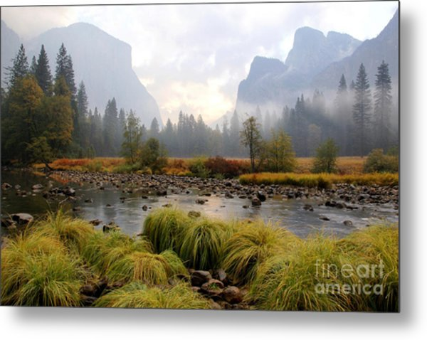 Autumn In Yosemite Valley Metal Print