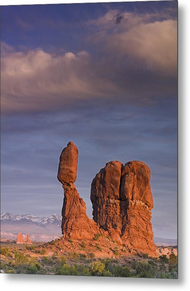 Balanced Rock At Sunset Metal Print