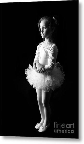 Ballerina Metal Print by Suzi Nelson