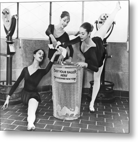 Ballet On Top Of Empire State Metal Print