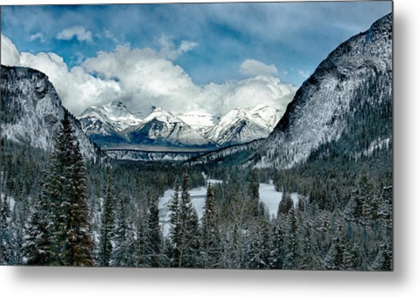 Banff Springs Valley In Winter Metal Print