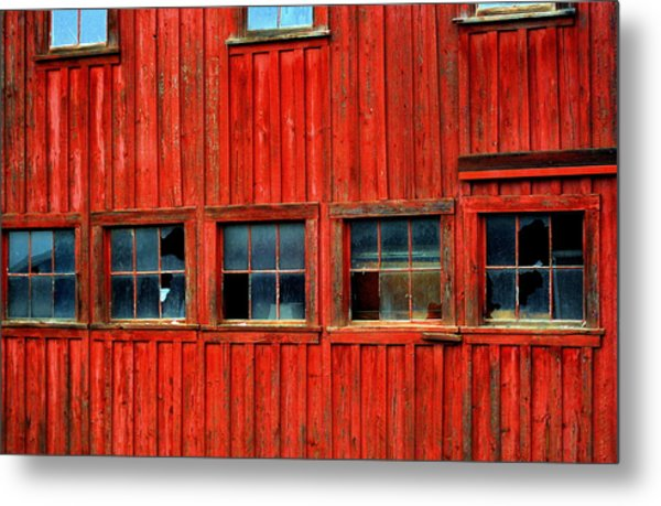 Barn Windows Metal Print by Mamie Gunning