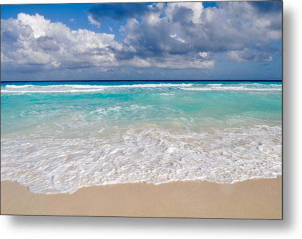 Beautiful Beach Ocean In Cancun Mexico Metal Print