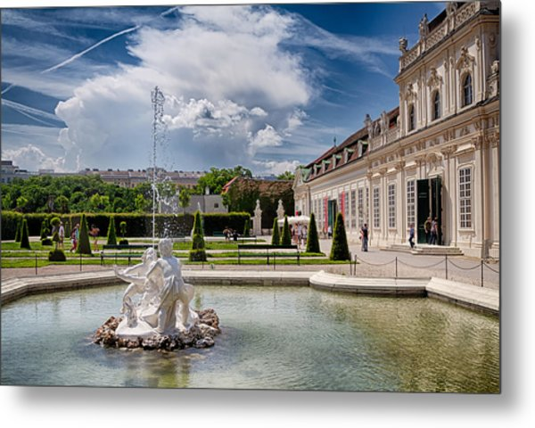 Belvedere Fountains Metal Print by Viacheslav Savitskiy