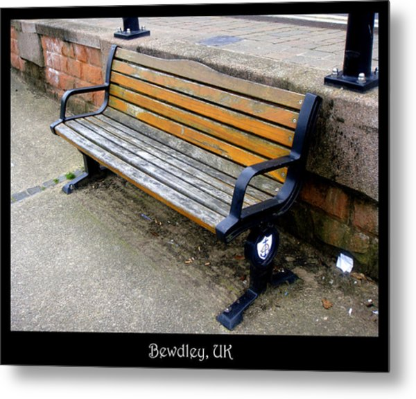 Bench 11 Metal Print by Roberto Alamino