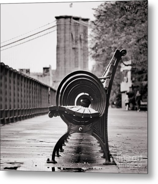 Bench's Circles And Brooklyn Bridge - Brooklyn Heights Promenade - New York City Metal Print