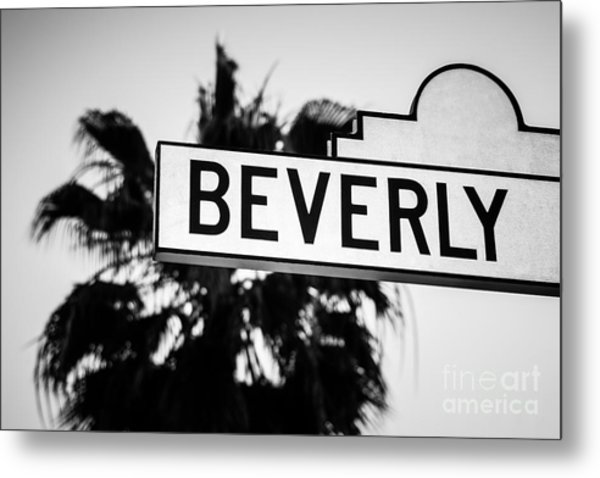 Beverly Boulevard Street Sign In Black An White Metal Print