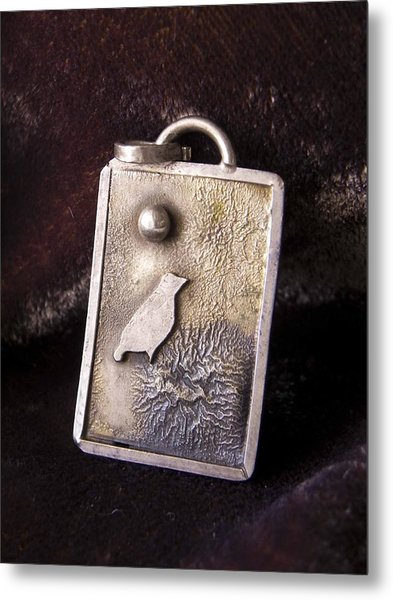 Bird On Nest Metal Print