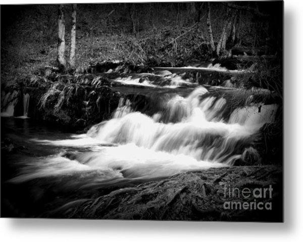 Black N White Cascades Metal Print