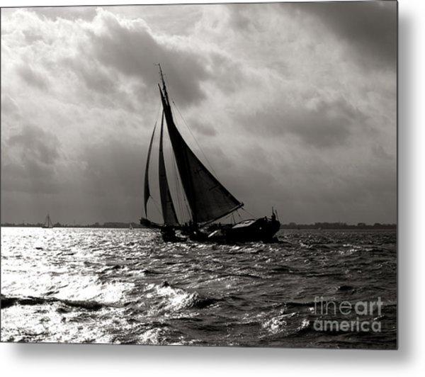 Black Sail Sunset Metal Print