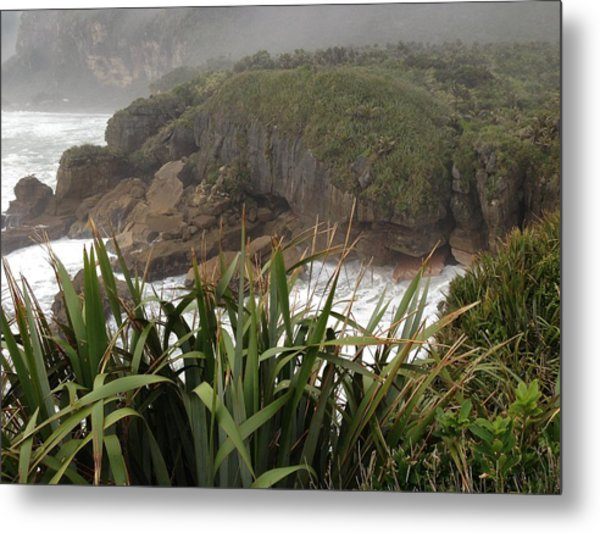 Blow Hole Metal Print by Ron Torborg