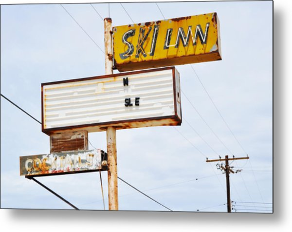 Bombay Beach Abandoned Ski Inn Metal Print