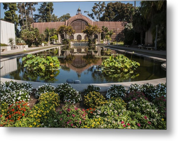 Botanical Building Reflecting In The Lily Pond At Balboa Park Metal Print
