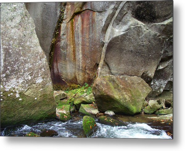 Boulders By The River Metal Print