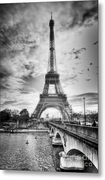 Bridge To The Eiffel Tower Metal Print