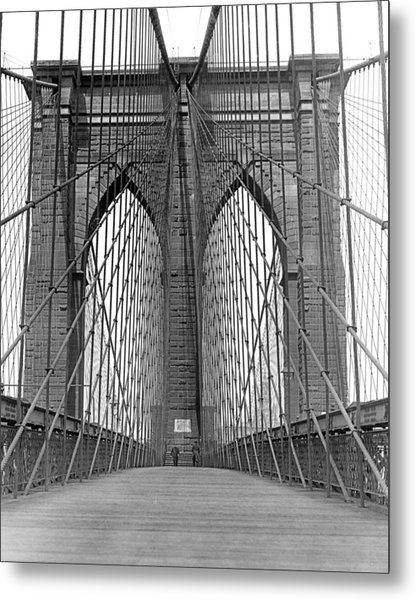 Brooklyn Bridge Promenade Metal Print