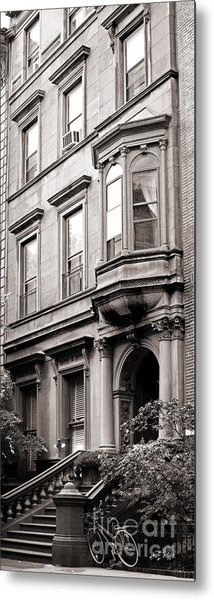 Brooklyn Heights -  N Y C - Classic Building And Bike Metal Print