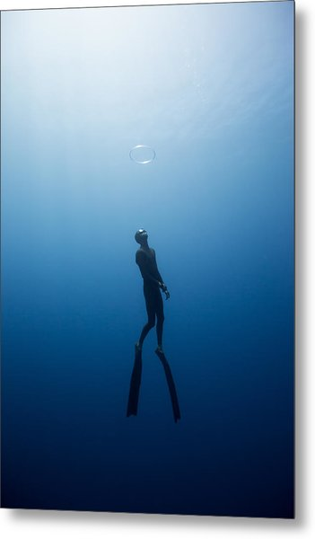 Bubble Ring Metal Print by One ocean One breath
