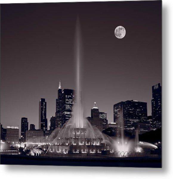 Buckingham Fountain Nightlight Chicago Bw Metal Print