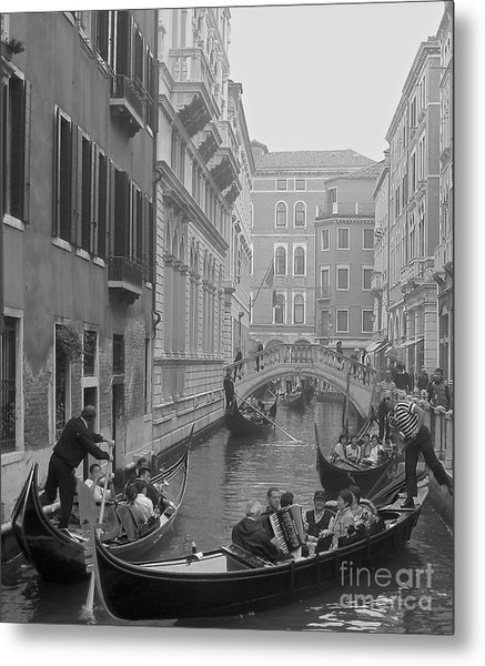 Busy Day In Venice Metal Print