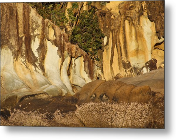 Butterfly Bay Rock Formations Metal Print