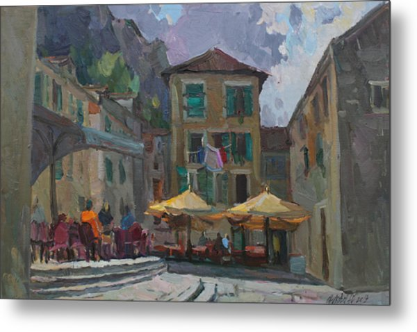 Cafe In Old City Metal Print