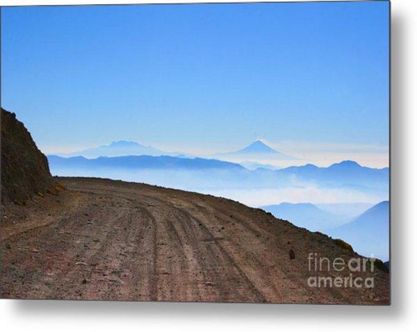 Camino En Volcan Nevado De Toluca Metal Print