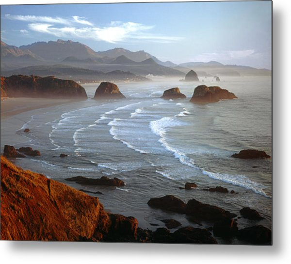 Cannon Beach At Sunset Metal Print
